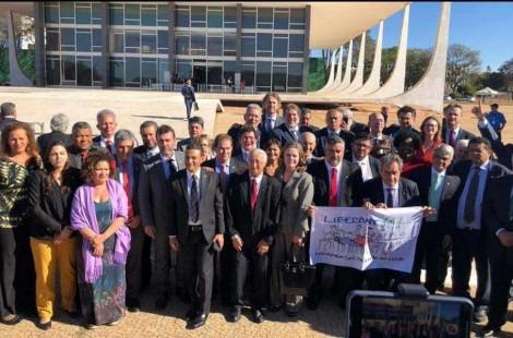 """O lado bom da raiva é saber que 70 parlamentares foram ao STF fazer pressão por """"Lula Preso"""" (Veja o Vídeo)"""