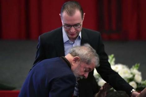 """Lula propõe novo HC, conta com """"ajuda"""" de ministros para anular tudo e sair como """"santo"""" na história"""