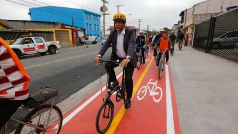 """O bicicletismo da Globo e da """"tchurma"""""""