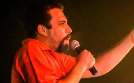 Boulos é impedido de falar bobagens em IF do Ceará, mas discursa na praça para pequena plateia de militantes (Veja o Vídeo)