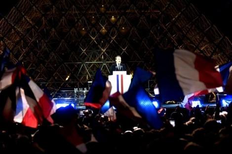 Os franceses, o povo que adora um socialismo compartilhando o que é dos outros...
