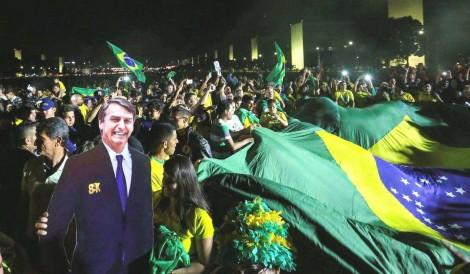 """Carta Aberta aos """"isentões"""" que tentam rotular os eleitores de Bolsonaro como """"arrependidos"""""""