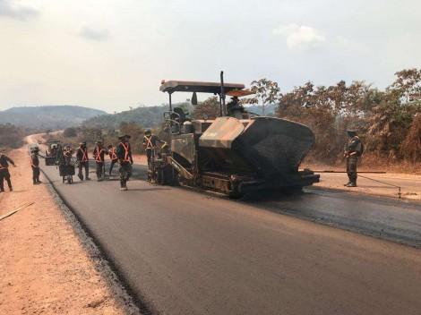 Exército bate recorde em obras de pavimentação