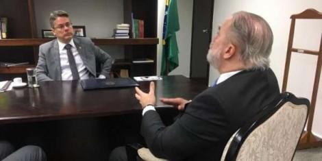 A manchete de O Globo e o que realmente Aras disse a Bolsonaro