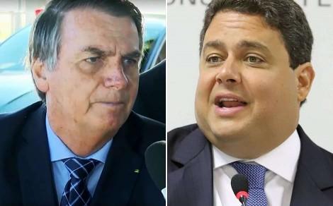 Novo atestado de óbito de pai do presidente da OAB saiu um dia após Bolsonaro ter dito que contaria como ele havia morrido
