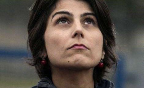 Hipócrita, Manuela diz à PF que parte das mensagens sumiram