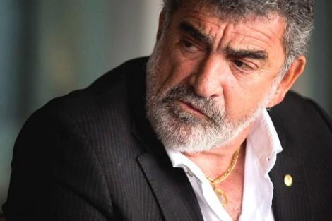 Ex-deputado agride e ameaça porteiro de prédio e revela toda a sua insanidade (veja o vídeo)