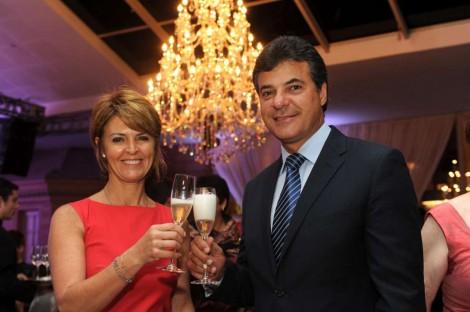 Ex-governador do PSDB, mulher e filho viram réus por lavagem de dinheiro