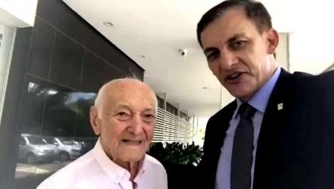 Veterano combatente da 2ª Guerra se emociona ao saber que receberá a visita do presidente (veja o vídeo)