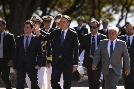 Bolsonaro afirma que até dezembro eliminará mais de três mil tipos de multas para empresários