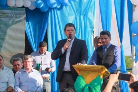 Trecho da Rodovia Transamazônica em Palestina do Pará é asfaltado e sinalizado