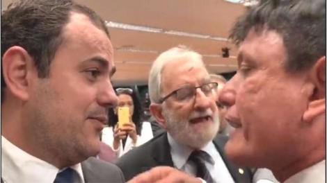 """As ofensas do deputado do PSOL e a resposta do deputado Delegado Éder Mauro: """"Sua mãe é uma bandida"""" (veja o vídeo)"""