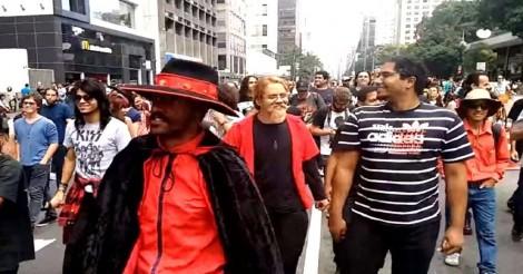 "A infame esquerda, totalmente pirada, inventa a ""Marcha para Satanás"" (veja o vídeo)"