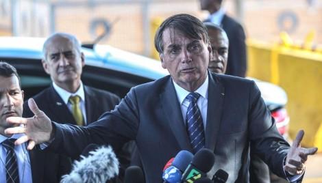Bolsonaro adota nova tática e se antecipa a eventuais deturpações da extrema-imprensa (veja o vídeo)