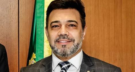 Deputado revela que extrema imprensa e oposição tramam eleição indireta para o ano que vem