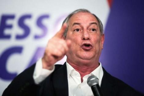 """Desequilibrado, Ciro chama Bolsonaro de """"canalha"""" e novamente é desmoralizado (veja o vídeo)"""