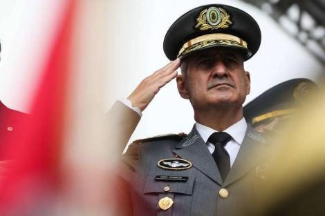 A mensagem do General: Dia 15 de março é pra ir pras ruas?