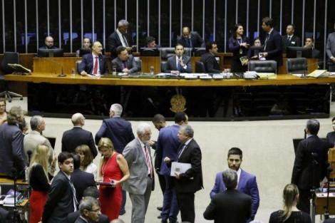 Ministro do TCU barra sabotagem do Congresso que elevava em R$ 20 bilhões os gastos do governo