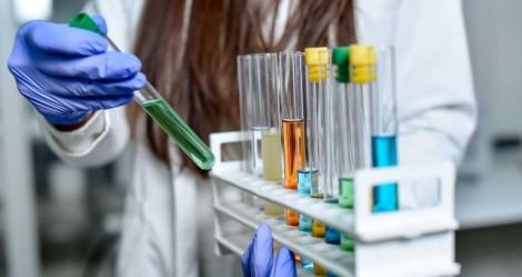 """Ao contrário de """"vacina"""" falsa de Cuba, instituto Israelense pretende testar vacina contra o Coronavírus em 90 dias (veja o vídeo)"""
