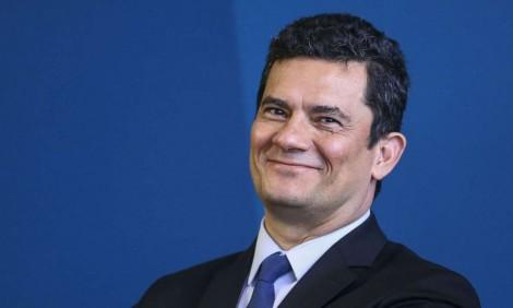 A palavra de Sérgio Moro, que ele reitera hoje às 11 horas no auditório do Ministério da Justiça