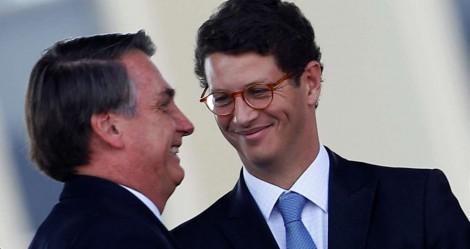 """Ministro Salles é expulso do NOVO e afirma: """"Entre Amoedo e Bolsonaro, fico com Bolsonaro!"""""""