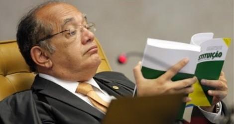 """A Constituição é a """"cangalha"""" do povo brasileiro"""