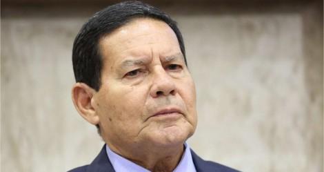 """Mourão sobe o tom sobre oposição, 'poderes' e imprensa: """"Deixem o presidente governar"""""""