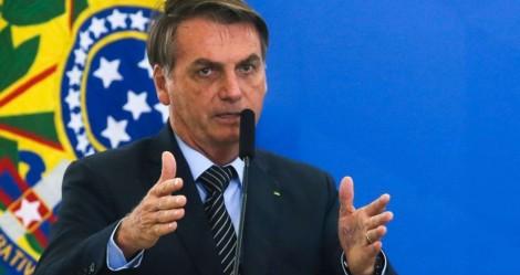 Bolsonaro sanciona a lei que abre crédito para milhares de empresas