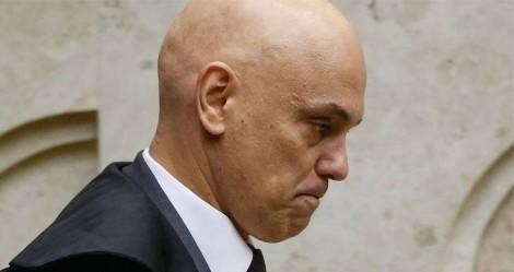 Membros do MP protocolam pedido de impeachment de Alexandre de Moraes