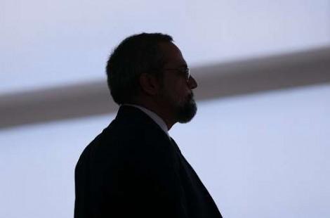 """Weintraub chega para depor na PF e é ovacionado por populares: """"É o melhor ministro do Brasil"""" (veja o vídeo)"""