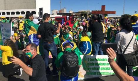 AO VIVO: Caravanas de 25 Estados invadem Brasília em apoio ao Governo Bolsonaro (veja o vídeo)