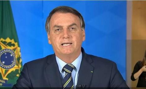 Bolsonaro entra com ação contra decisões de Moraes e chama o STF na responsabilidade