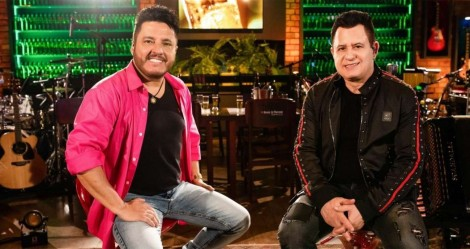 Os artistas do bem: Bruno e Marrone rasgam elogios a Bolsonaro em live (veja o vídeo)