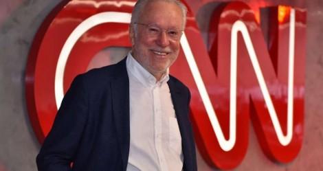 """Alexandre Garcia estreia com o """"pé na porta"""" na CNN: """"Bolsonaro é a prova de que a Cloroquina dá certo"""" (veja o vídeo)"""
