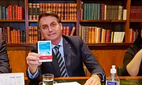 """""""Mídia do Ódio"""" agora quer saber como Bolsonaro obteve a hidroxicloroquina, um """"remédio controlado"""""""