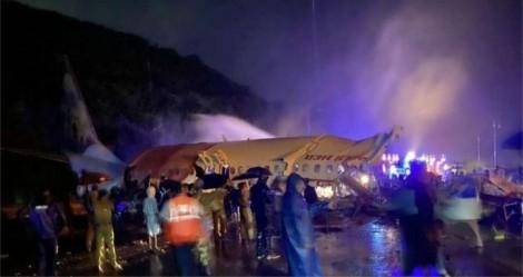 Urgente: Avião derrapa, ultrapassa pista e faz pelo menos 3 vítimas na Índia (veja o vídeo)