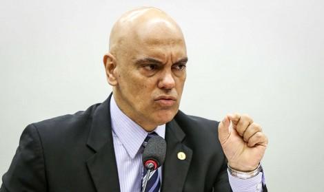 'Toda tirania deve ser afastada, inclusive a tirania da maioria que elege o Executivo e o Congresso', avisa Alexandre