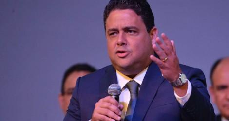 """Suposta fraude na OAB para beneficiar """"arquivo vivo"""" resulta em notícia-crime contra Felipe Santa Cruz"""
