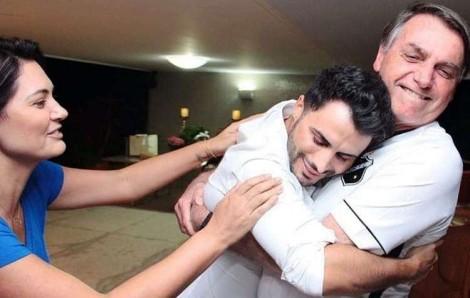 Esse abraço diz muito...