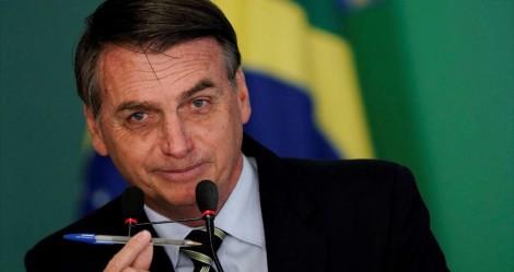 Bolsonaro deve sancionar mudanças na CNH neste terça (veja o vídeo)