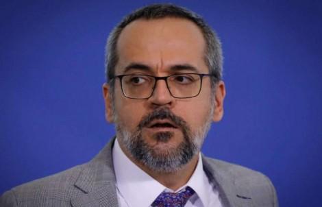 Reeleito no Banco Mundial, Weintraub fica nos Estados Unidos até 2022, ano eleitoral no Brasil