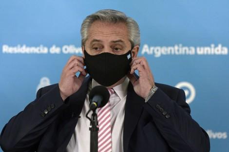 Mesmo com restrições forçadas, Argentina quase dobra o número de mortos por Covid-19 no último mês