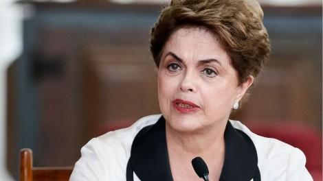 """Em nova gafe, Dilma diz em 'tom de ameaça' que PT """"voltará"""" (veja o vídeo)"""