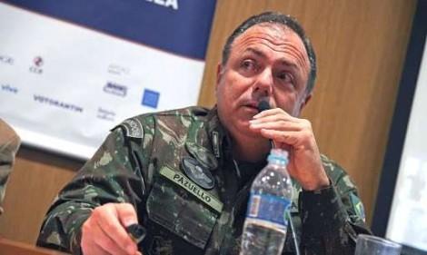 General Pazuello afirma que o Brasil já garantiu 300 milhões de doses da vacina contra a Covid-19