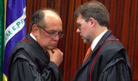 Gilmar e Toffoli dão início ao 'apedrejamento' da Constituição e votam pela reeleição de Maia e Alcolumbre