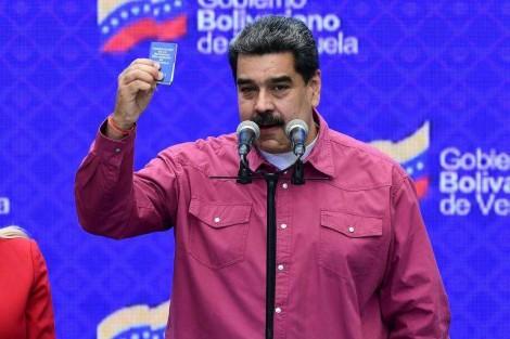 Venezuelanos achincalham o embuste eleitoral do tirano Nicolas Maduro
