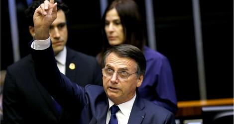 Bolsonaro diz que vai lutar pelo voto impresso, pois é isso que o povo quer (veja o vídeo)
