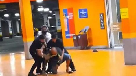 Os dois seguranças e mais 4 pessoas são indiciadas pelo homicídio de Beto Freitas