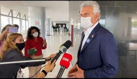 """Caiado quer o confisco de todas as vacinas e acusa Dória de usá-las como """"barganha eleitoral"""""""