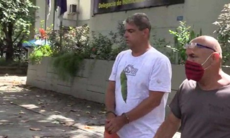 Consumada a separação, ex-marido jogou roupas da juíza assassinada na rua (veja o vídeo)